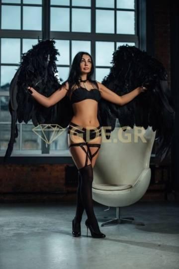 UKRAINIAN ESCORT TOUR GIRL YULIA