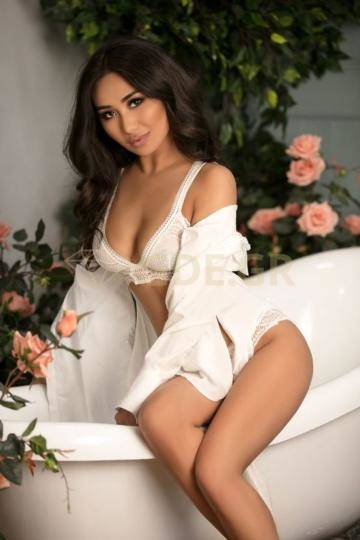 ATHENS ESCORTS CALL GIRL GREECE AILIN