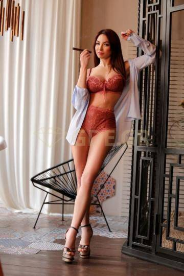 ATHENS ESCORTS CALL GIRL GREECE BELLA