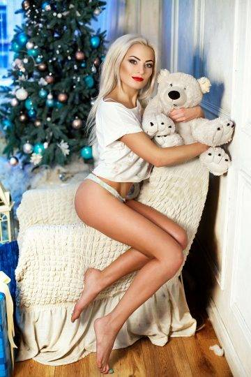 ATHENS ESCORT GIRLS EMMA