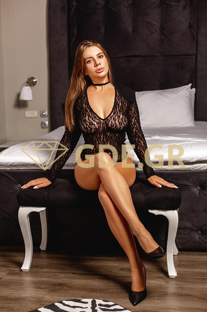 TOP-ATHENS-CALL-GIRL-MODEL-DARINA